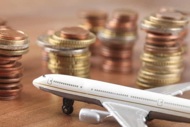 Photo d'illustration. Voyage et argent.
