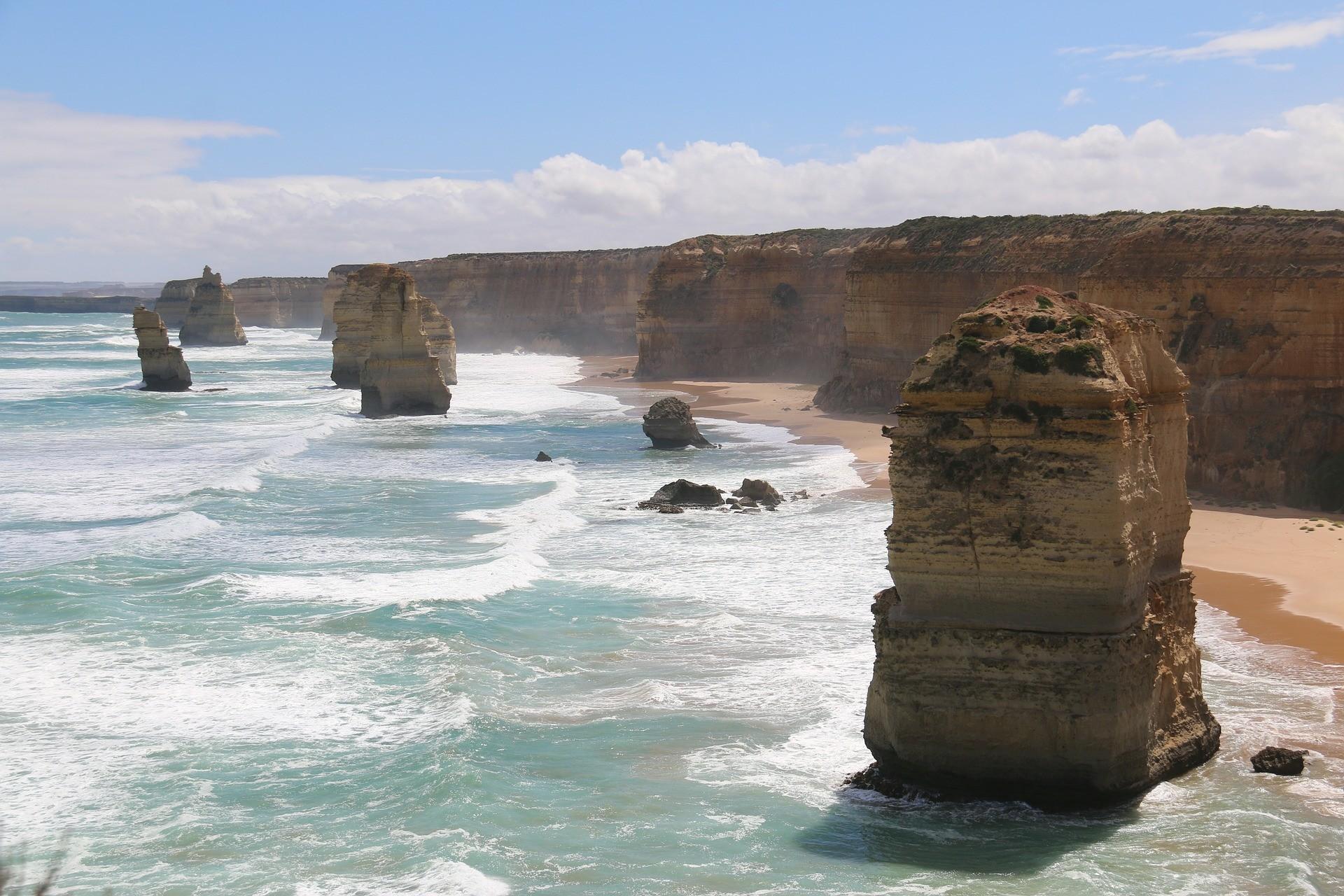 Les 12 Apôtres, étonnantes tours de calcaire en Australie.
