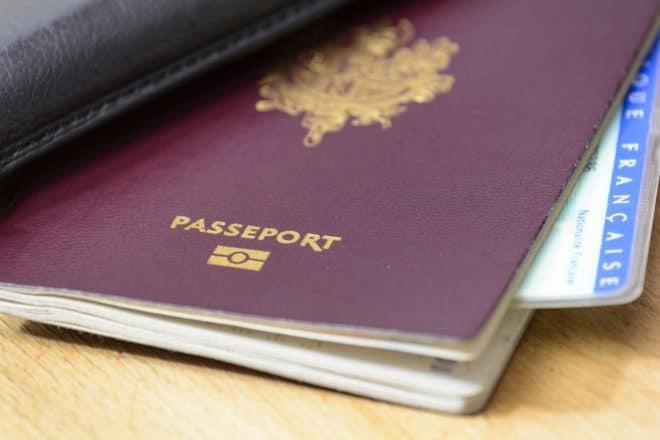 Photo d'illustration. Un passeport.