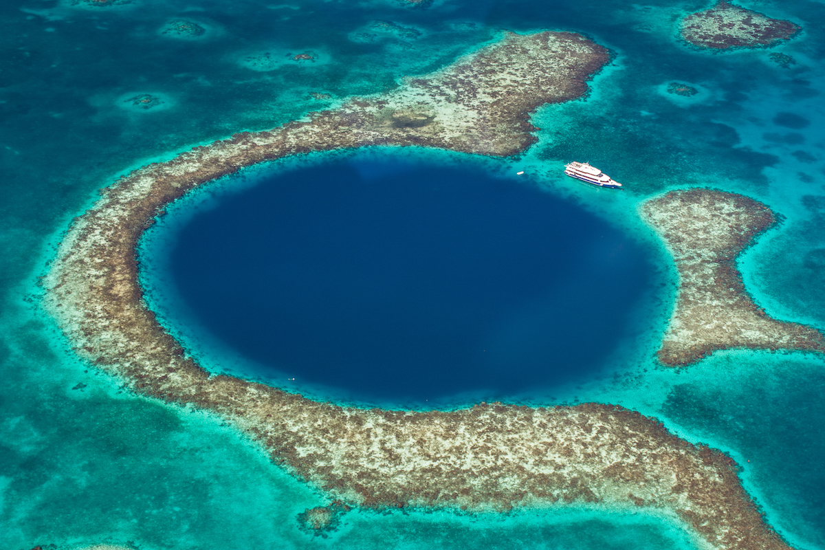 The Great Blue Hole, au Belize.