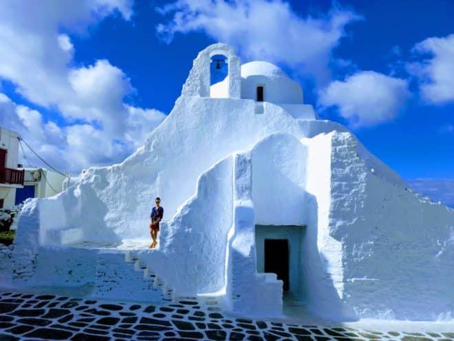 Une église à Mikonos, Grèce.