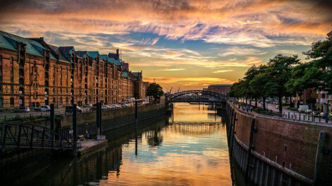La ville d'Hambourg en Allemagne.